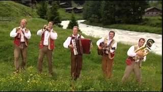 Download Austrian Folk Music - ″Mei Muata und mei Vota″ - Goldried Quintett Video