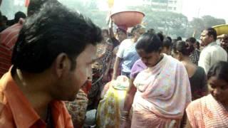 Download 'Fish Auction' at Sassoon Docks in Mumbai..AVI Video