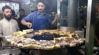 Download Street Food Of Karachi Pakistan   Bun Kabab at Street Food Pakistan Video