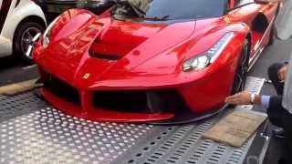 Download Ferrari LaFerrari getting damaged while being loaded on a truck Video