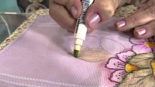 Download Aprenda a pintar uma toalha de rosto usando canetinhas Video