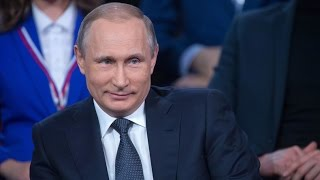 Download Putin shows German skills, unexpectedly steps in as translator at forum Video