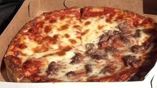 Download Woman Calls 911 After Pizza Gets Delivered With The Wrong Toppings Video