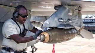 Download Ordnance Loading MK-82 500lb Bombs On F-16 Fighting Falcon Video