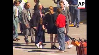 Download Italy-Sarah Ferguson returns to UK to mourn Diana Video