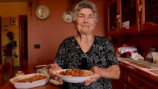 Download Pasta Grannies discover spaghetti with tiny meatballs from Abruzzo Video