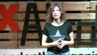 Download El ying y el yang de las emociones: Helena López Casares at TEDxAlcobendas Video