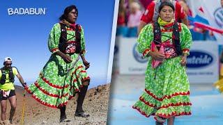 Download Corredora indígena gana medalla en Europa. Usó vestido Video