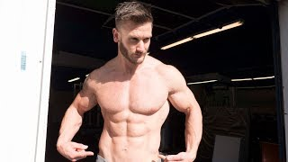 Download 5-Minute Medicine Ball Core Workout For Six Pack Abs Video
