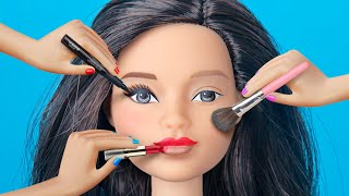 Download 9 Weird Ways To Sneak Barbie Dolls Into Class / Clever Barbie Life Hacks Video