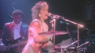 Download シーラ・E SHEILA E - HOLLY ROCK(LIVE 1986) Video