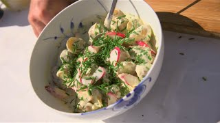 Download Mormors kartoffelsalat med radiser Video