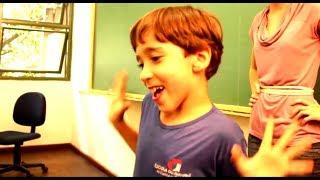 Download Existe criança mais irritante que esse menino? Video