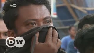 Download Indonesian city of Palu devastated by earthquake and tsunami | DW English Video