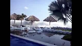 Download Dangerous high tides - tsunami alert on El Sunzal beach - El Salvador 2016 Video