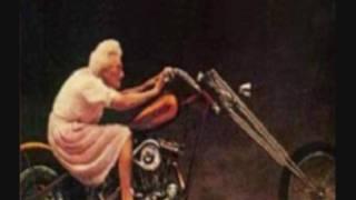 Download Meine Oma fährt im Hühnerstall Motorrad Video