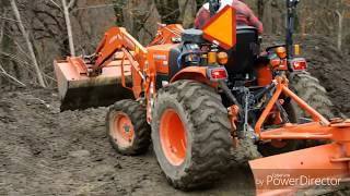 Kubota L2501 backhoe thumb in action Free Download Video MP4