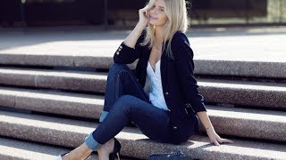 Download Women's blazer with skinny jeans Video