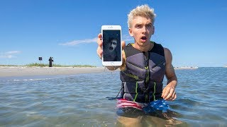 Download EXPLORING ABANDONED ISLAND FOR LOST TREASURE!! (iPhone FOUND) Video