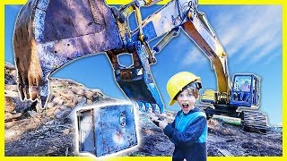 Download BREAKING OPEN ABANDONED SAFE with GiANT EXCAVATOR (ACTUALLY OPENS😱) Video