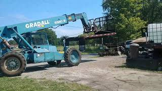 Download STARTING TO PUT A GOOSENECK HITCH TO A FLATBED....PRESSOR GAVE UP THE GHOST! Video