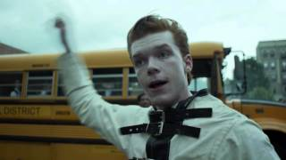 Download GOTHAM S02E02 CLIP - The Bus Scene Video