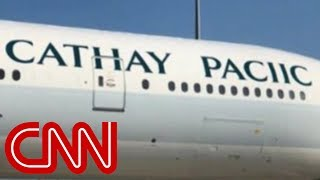 Download Airline misspells own name on plane Video
