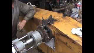 Download Caterpillar 235 Bore welding and Line Boring continues Video