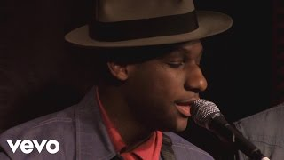 Download Leon Bridges - Coming Home (WTTS Sun King Studio 92 powered by Klipsch Audio) Video