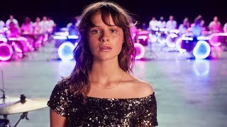 Download Gabrielle Aplin - Sweet Nothing Video