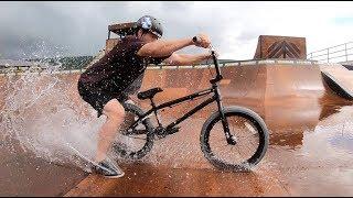 Download BMX DRIFTING IN THE RAIN!! Video