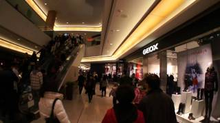 Download Vancouver Downtown at PACIFIC CENTRE Shopping Mall Video Video