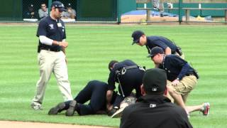 Download Fan Runs on Field and Fist Bumps Yankees Nick Swisher at Comerica Park Video