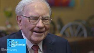 Download The David Rubenstein Show: Warren Buffett on His Early Career in Finance Video