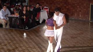 Download QUEBRADITA SEXI SALTO MORTAL Video
