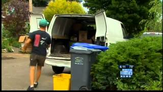 Download Squatters evicted from North Portland home Video
