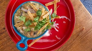Download Rachael's Mean Green Pulled Chicken Chili Video