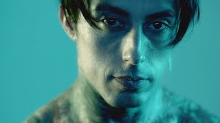 Download Falling In Reverse - ″Losing My Mind″ Video
