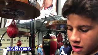 Download MUST SEE -What Robert Garcia & Mikey Did For A Kid Who Had Worn Out Pair Of Gloves Video