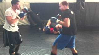 Download Serious Fighter Sparring may 2011 Video
