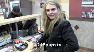 Download Cara Delevingne enjoying a nice Midnight run to McDonalds in NYC Video