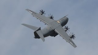 Download Airbus A400M Atlas flying Display at RIAT 2014 Saturday 12 July Air Show Video