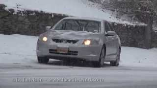 Download Cars Slipping & Sliding in 3 Inches of Snow Video
