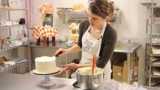 Download How to Decorate with Buttercream Icing | Cake Decorations Video