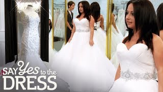 Download 4'11 Bride Wants a Wedding Dress That Will Make Her Feel Tall! | Say Yes To The Dress Canada Video