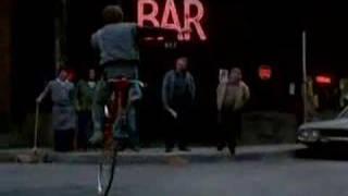 Download Quicksilver bike dancing Video