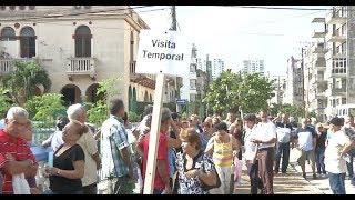 Download Lawmakers visiting Cuba urge State Dept to reopen US embassy in Havana Video