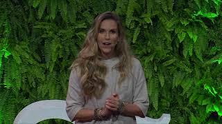 Download Se você não quiser se ajudar, ninguém vai conseguir te ajudar | Mariana Ferrão | TEDxSaoPauloSalon Video
