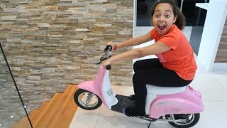 Download Surprise Toy Unboxing & Assembling Power Wheels Ride On Bike | Toys AndMe Video