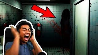 Download GHOST CAUGHT IN BATHROOM! | Sophie's Curse Video